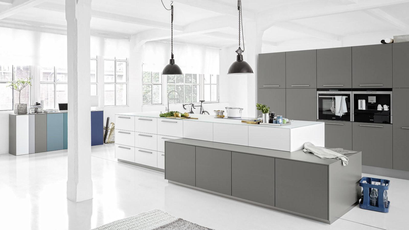 la cuisine de vlad et mila elton. Black Bedroom Furniture Sets. Home Design Ideas